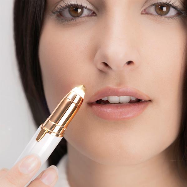 Премахвай косъмчетата над устните си безболезнено с тример InnovaGoods